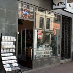 Plato voorgeven in Voorstraat